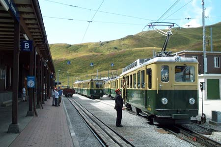 Trains waiting at Kleine Scheidegg for Grindelwald