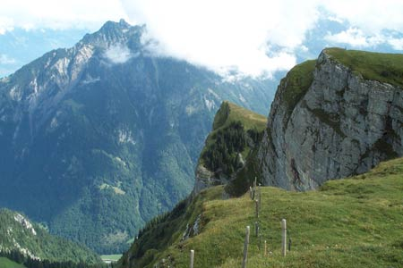 Limestone crags after leaving the Lauberhornhütte