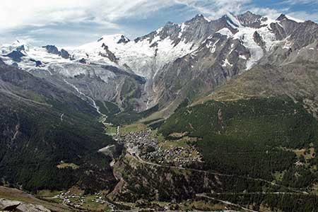 The view across the Saastal to Saas Fee