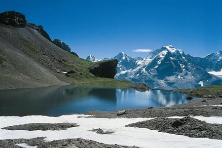 Grauseeli mountain lake, Schilthorn